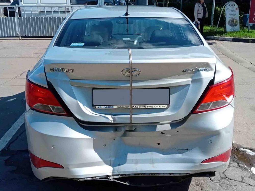 Повреждения задней части кузова Hyundai Solaris